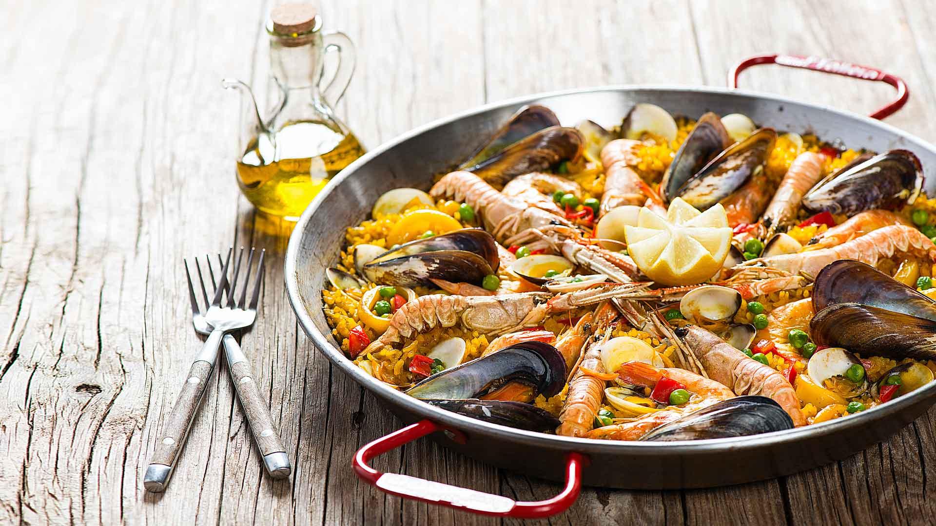 Paella, un ícono de la gastronomía de España