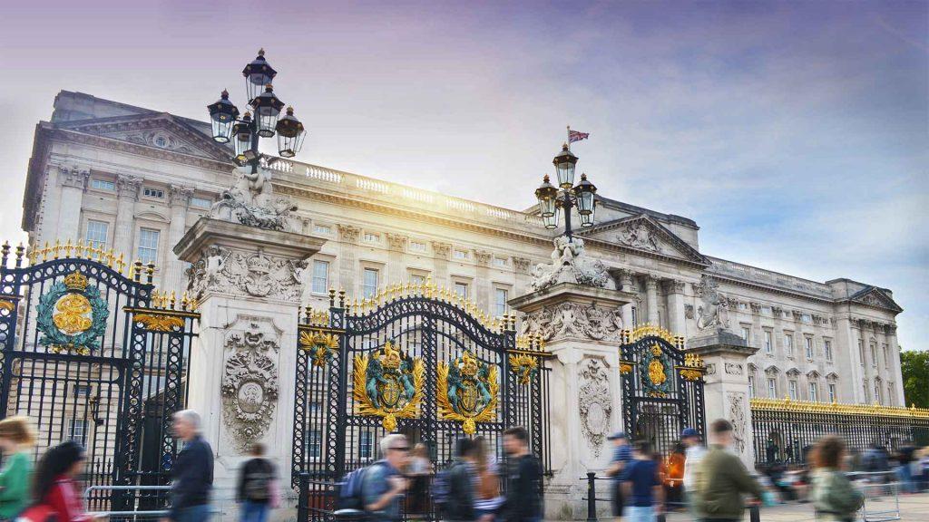 The Crown, escenarios dignos de una reina