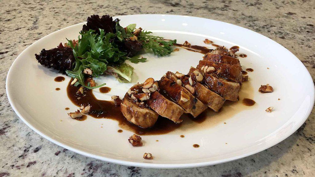 Pollo estilo oriental con cacahuates caramelizados