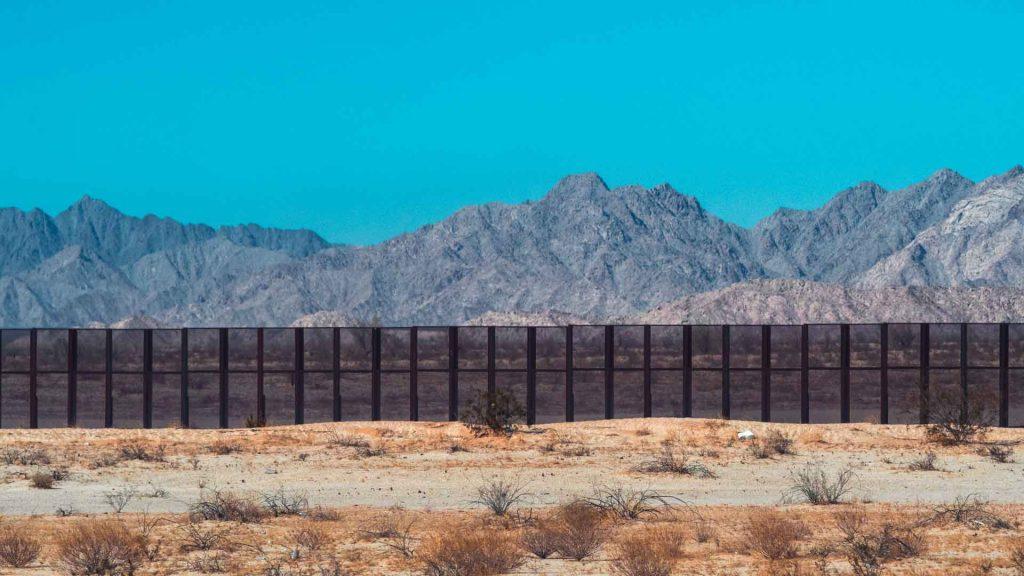 Frontera entre México y Estados unidos permanecerá cerrada