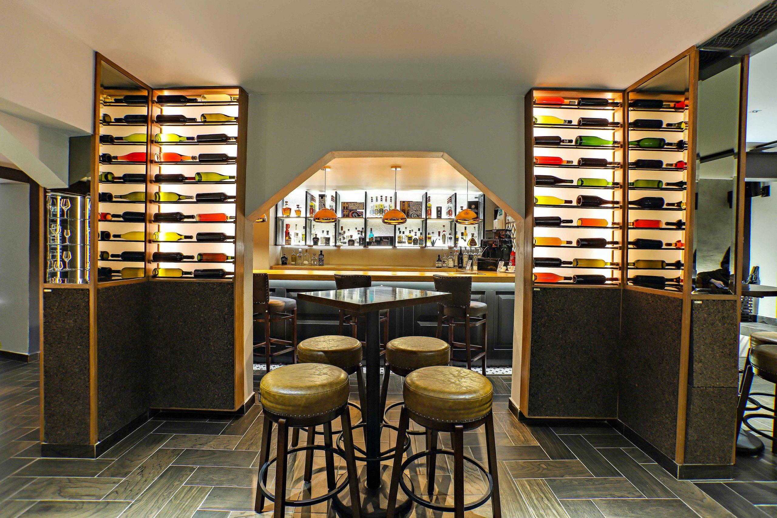 Wine bar espacios