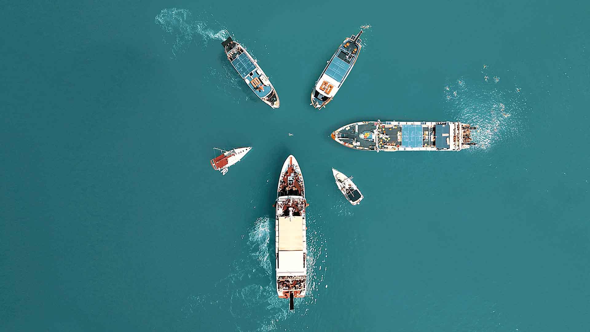 capturas aéreas barcos