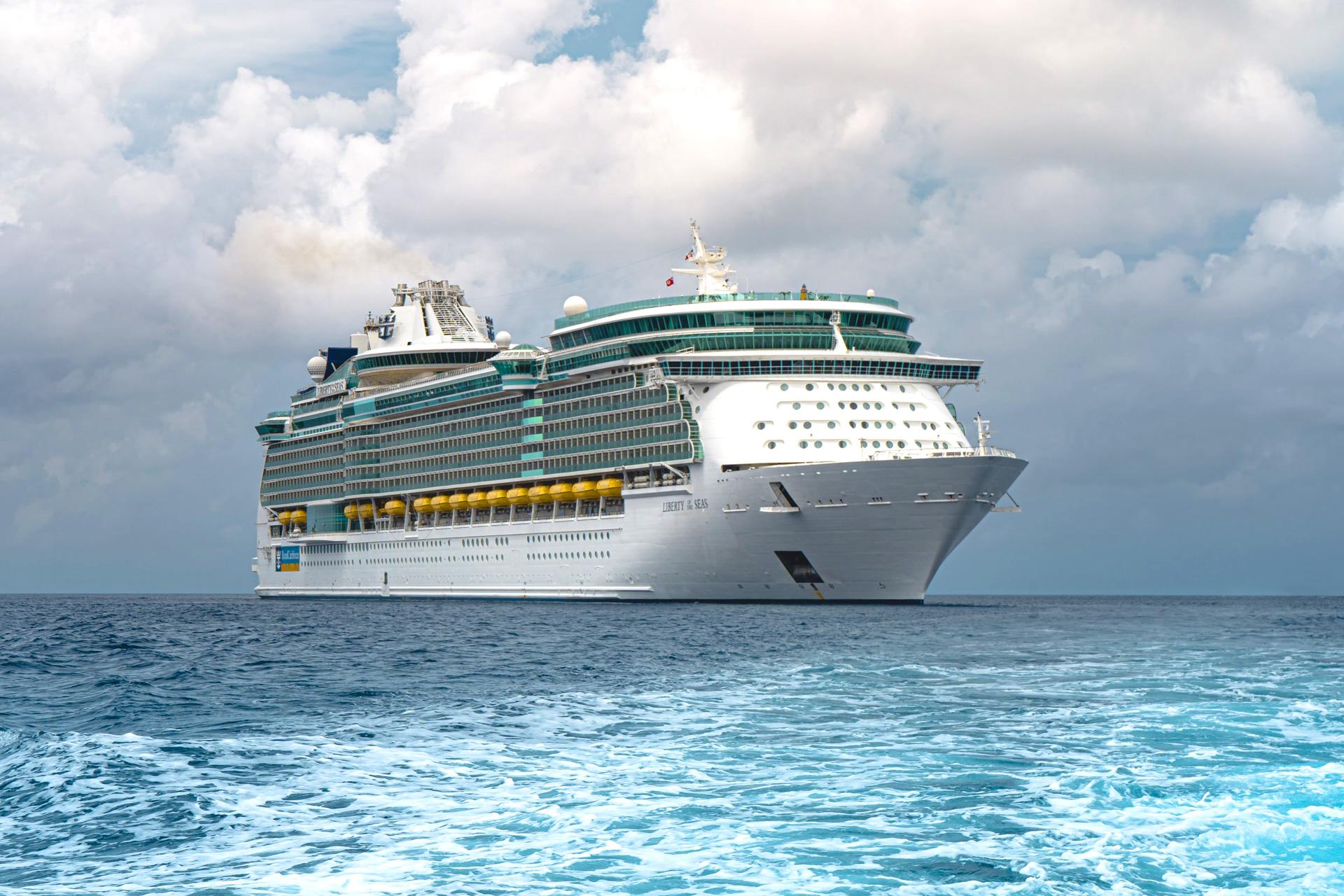 Un crucero en alta mar