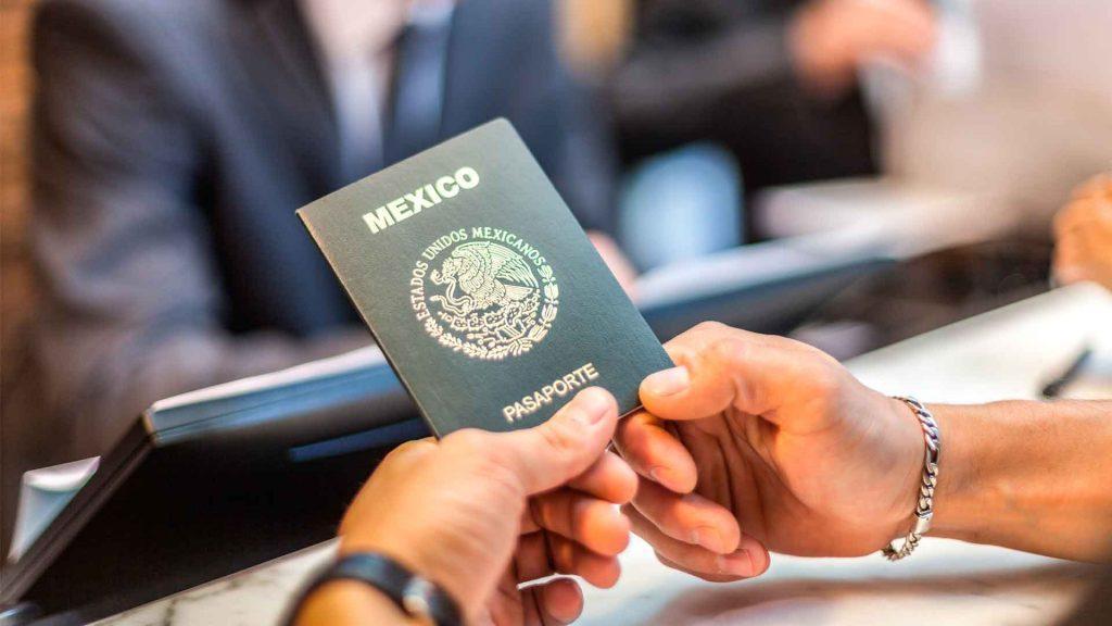 Conoce los precios del pasaporte mexicano y visa americana 2021