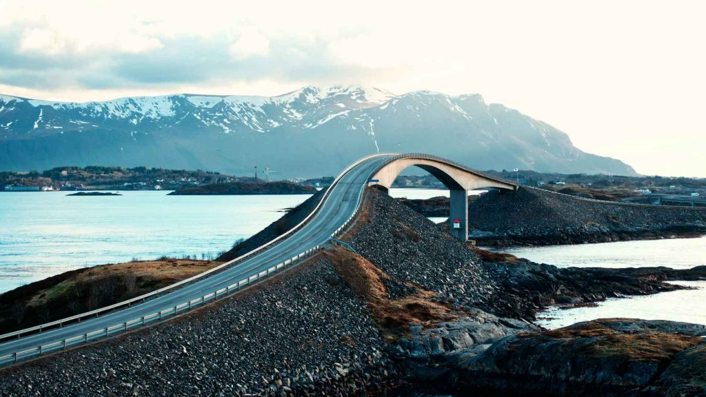 7 carreteras que cruzan el mar
