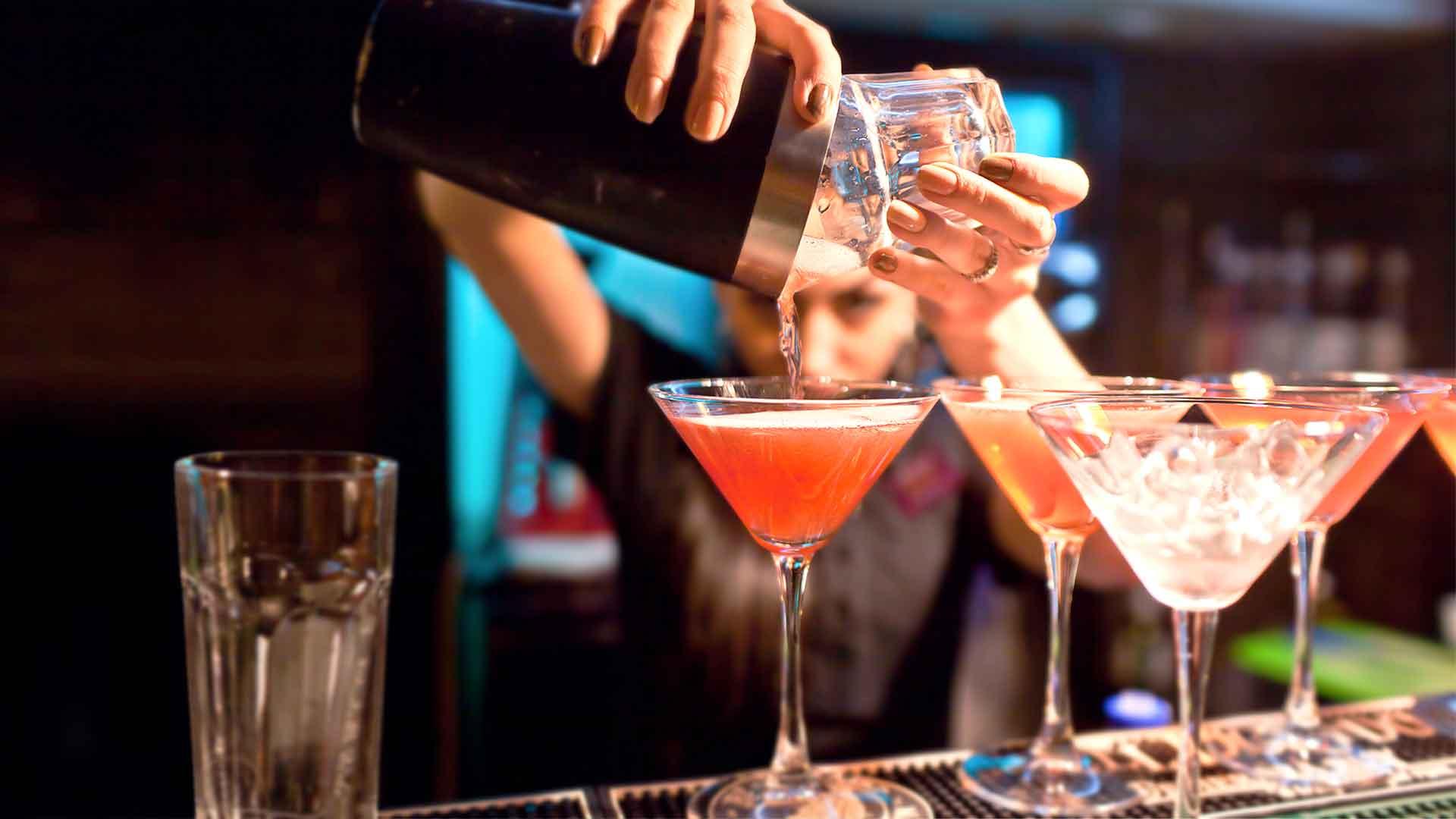 Mujeres tras la barra: el poder de tres bartenders mexicanas