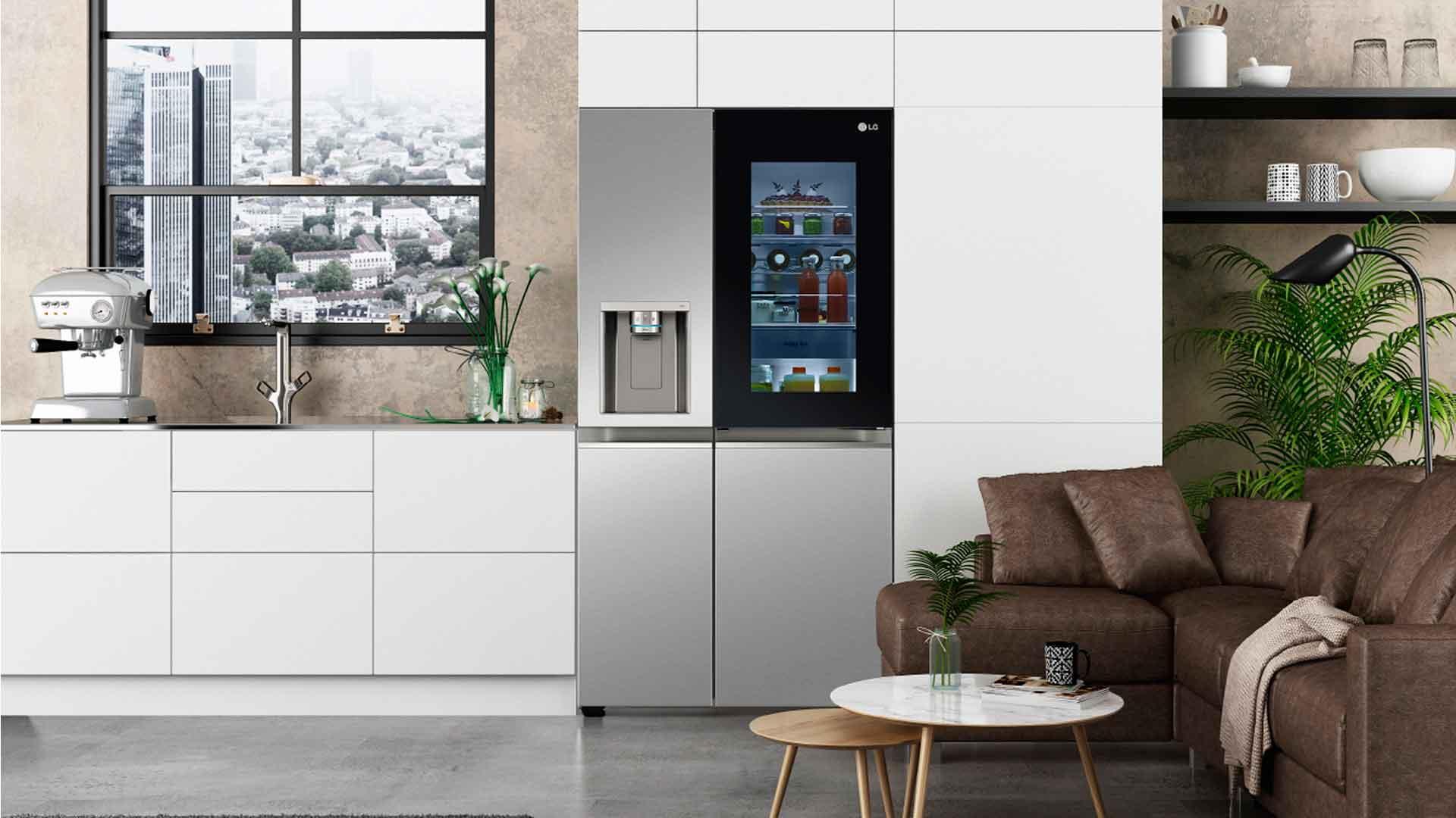 Refrigerador Instaview Door in Door, ahorra energía con solo dos toques