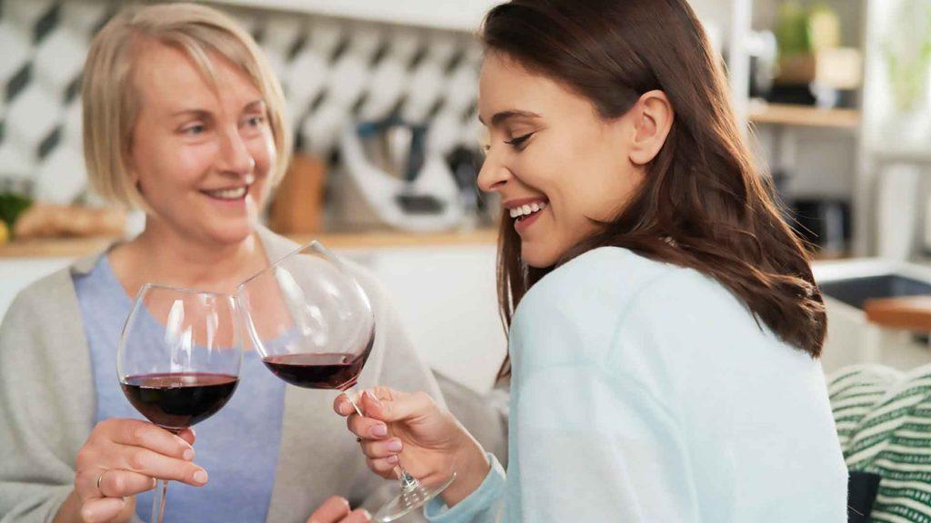 Cinco vinos mexicanos que le encantarán a mamá