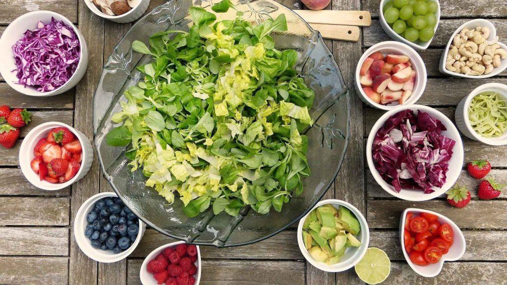 Conoce los beneficios de consumir comida cruda