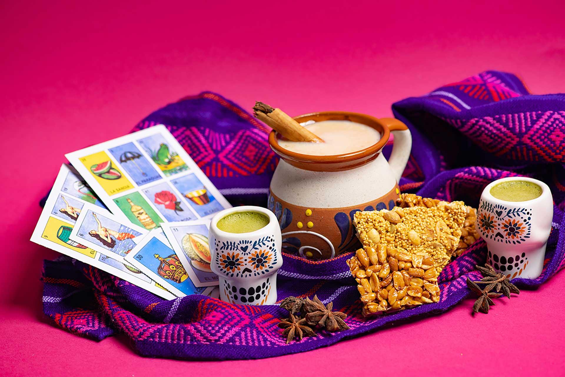 Dulces mexicanos y té