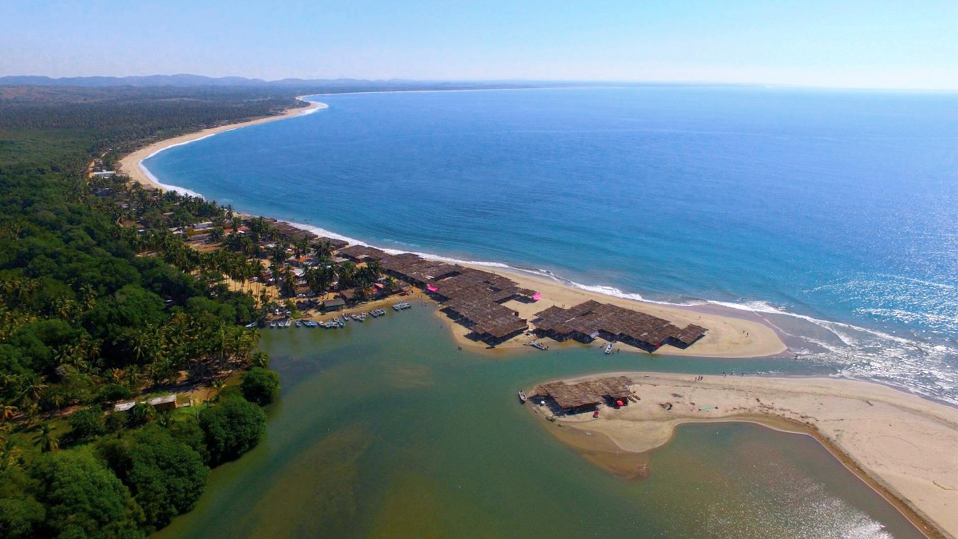 Playa secreta de Marquelia, Guerrero