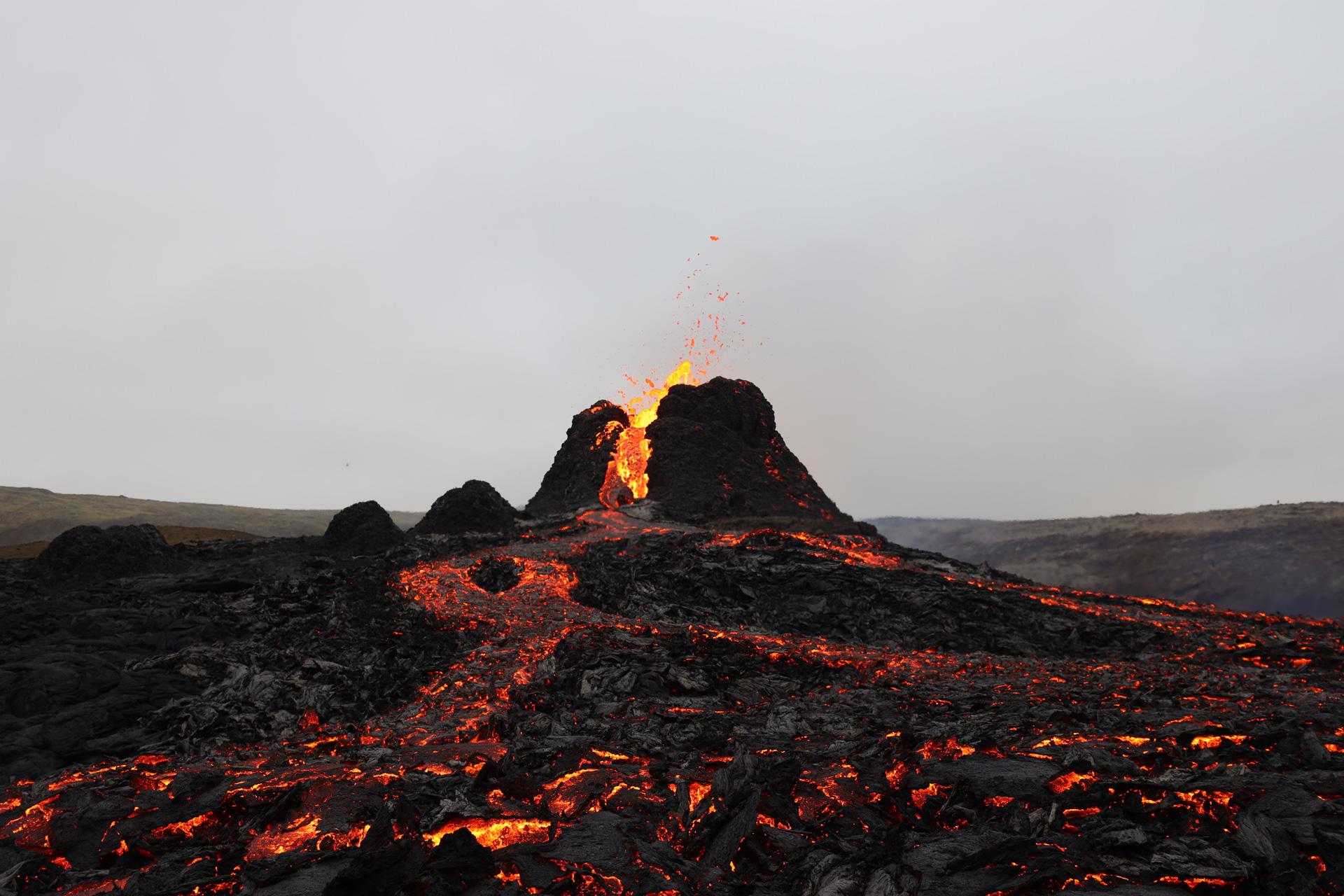 Volcán Fagradalsfjall en Islandia